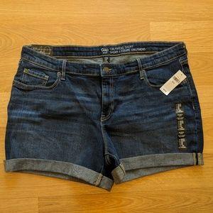 NWT GAP girlfriend jean shorts